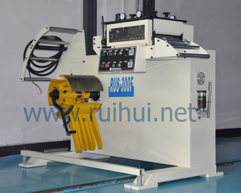 Straightener Machine have 17 Smaller Diameter Work Rolls