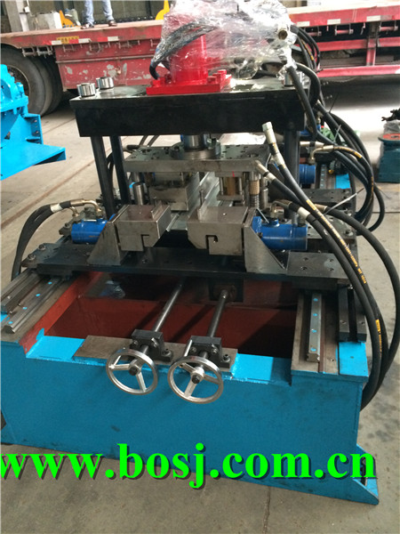 Auto Car Collision Beam Roll Forming Machine Maunfacturer Dubai