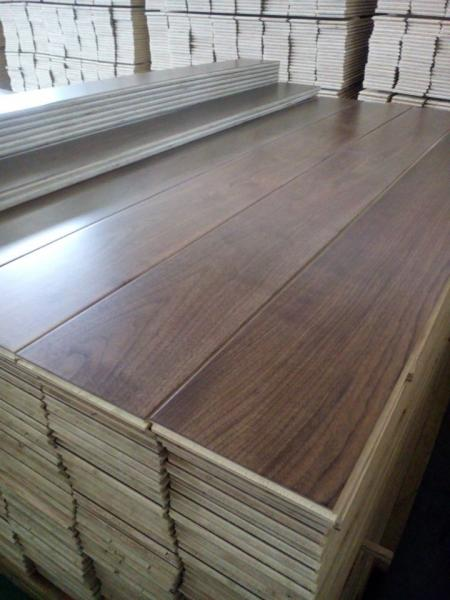 Prefinished Engineered American Black Walnut Hardwood Flooring