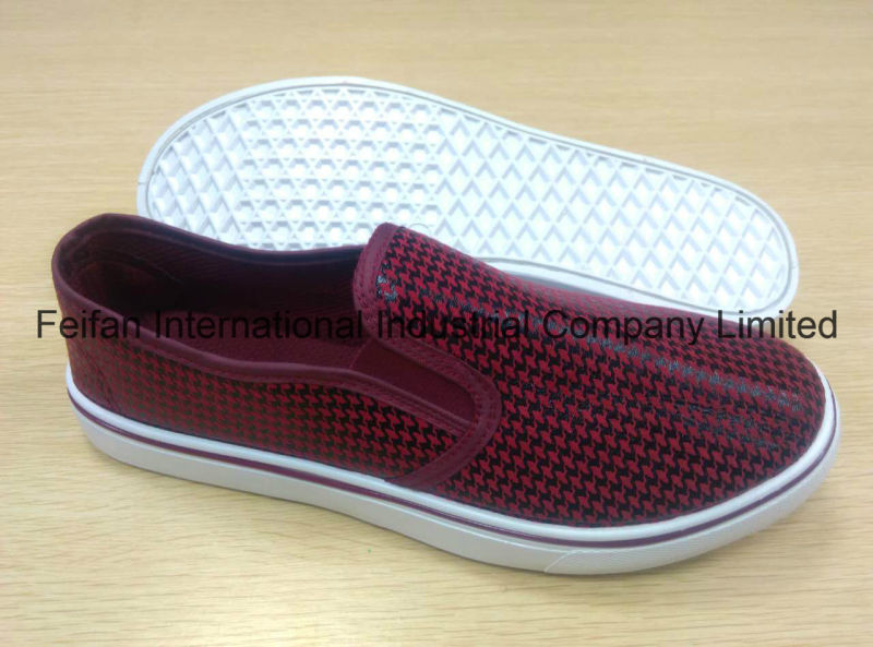 New Arriving Men Injection Shoes with PU Upper, Slip-on Casual Shoes with Good Price