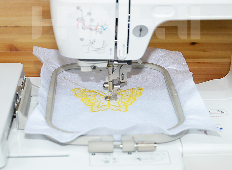 Welcomed Maya Embroidery Machine Household Computer Embroidery and Sewing Machine Wy900/950/960