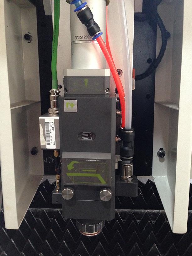 Cheap Price Fiber Laser Cutting Machine for Stainless Steel Cutting/Metal Laser Cutting