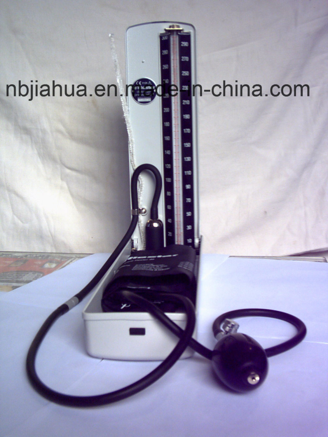 Hospital Use Movable Stand Type Mercury Sphygmomanometer/Blood Pressure Monitor