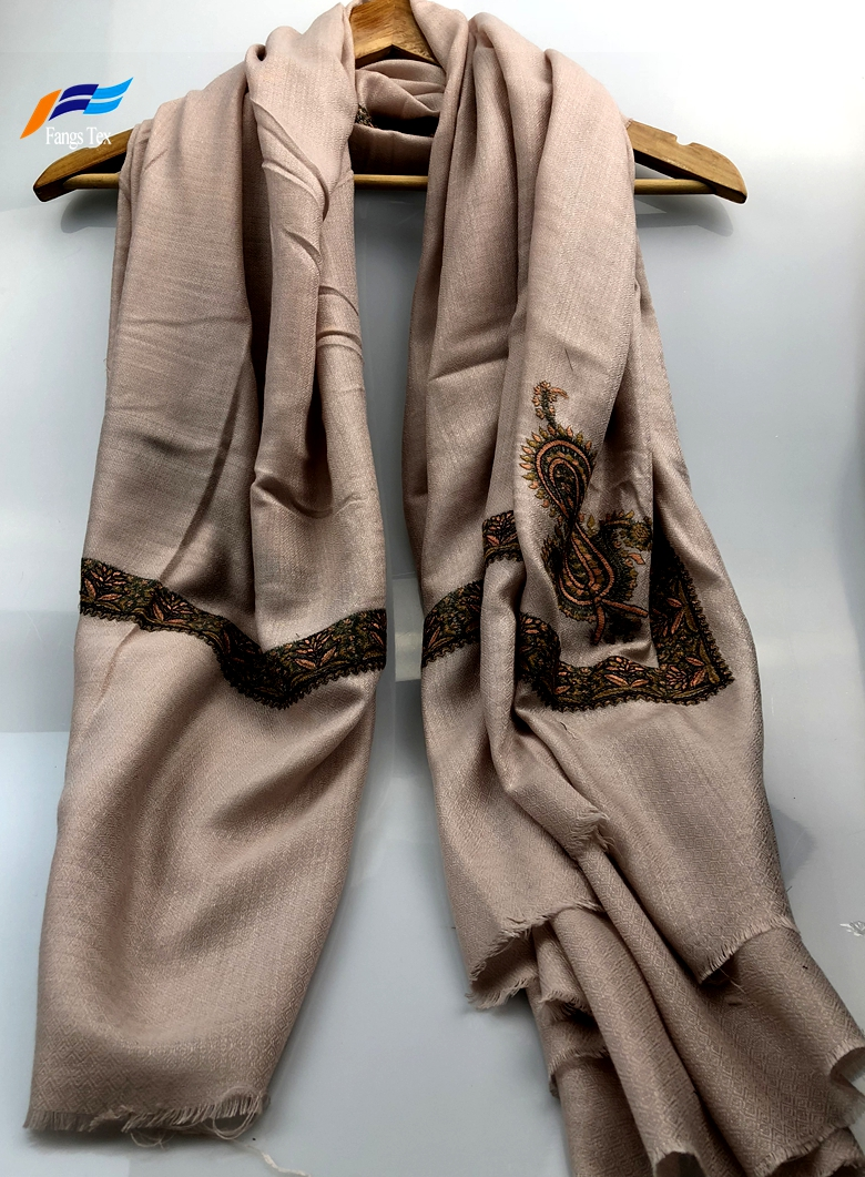 Elegant Muslim Printed Silk Polyester Autumn Square Scarf 1