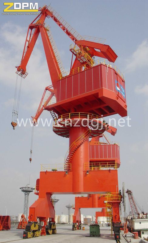 Portal Crane for Marine Deck Usage in The Dock