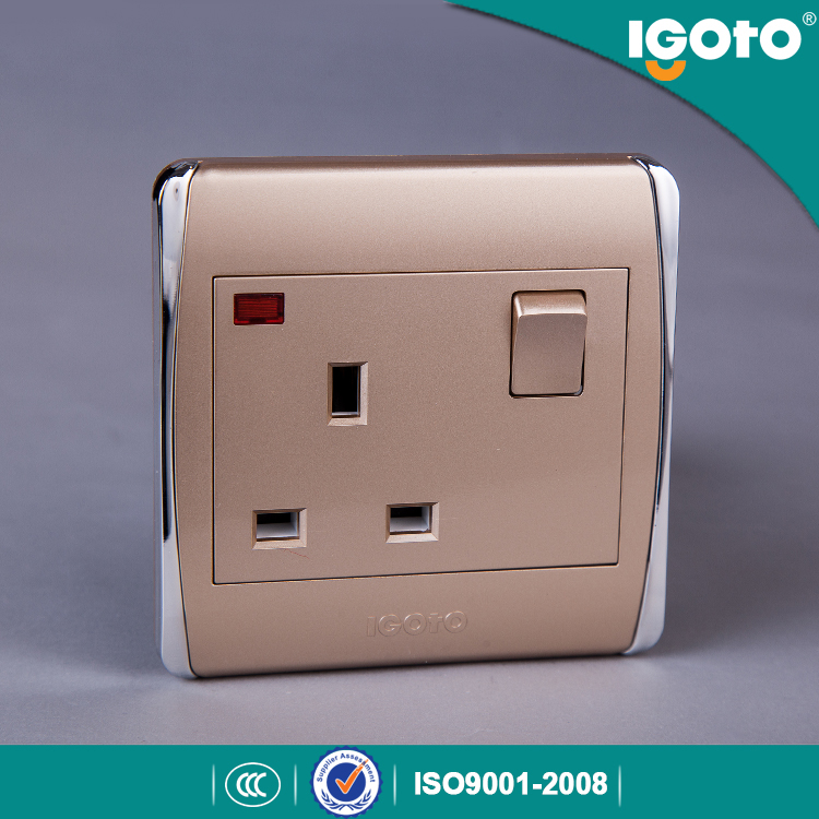 BS Standard PC Material 13A Switch Socket with Neon