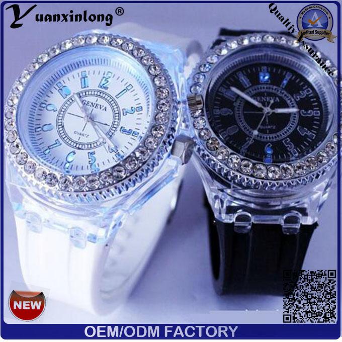 Yxl-696 Newest Deisgn Hot Sale Luxury High Quality Fashion Crystal Light Silicone Wrist Watch
