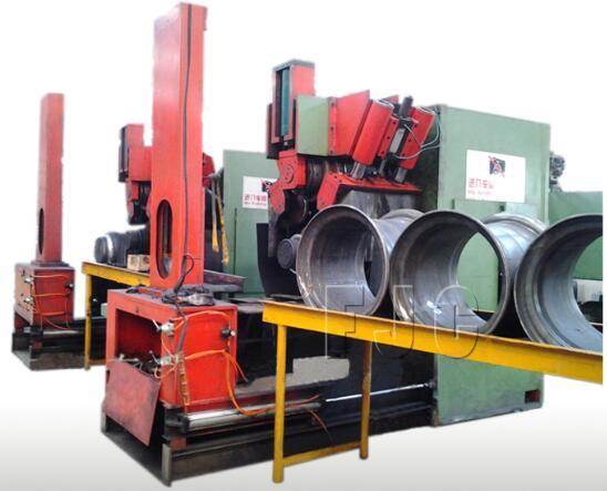 5 & 15 Deg DC Tubeless Wheels Rim Forging Machine