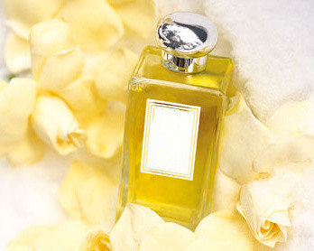 Customized Women 100ml Perfume Crystle Bottle with Nice Smell