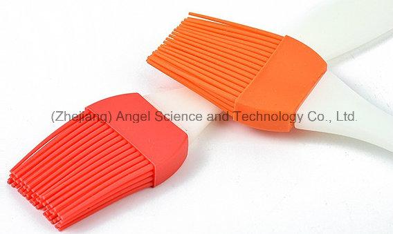 Big Silicone Baking Brush for Cake 60-Cluster Silicone BBQ Brush Sb03 (M)