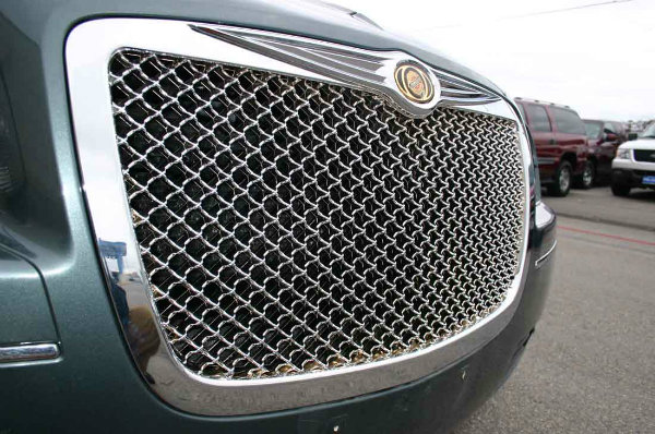 China Best Quality Automotive Grill Mesh for Car