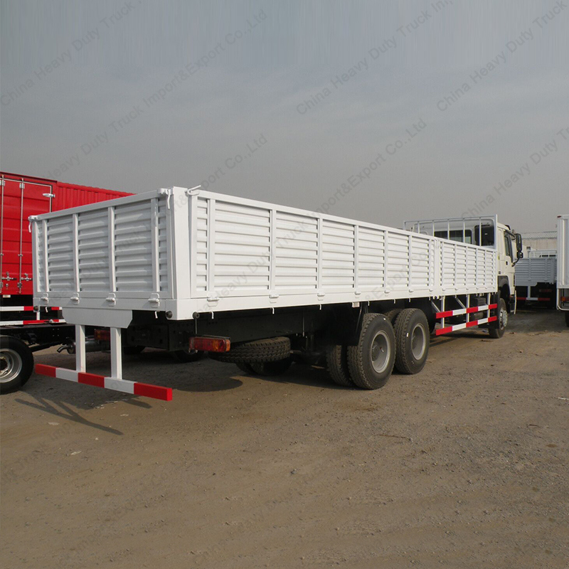 China Popualr HOWO 25 Ton Cargo Truck with Turbo Charger