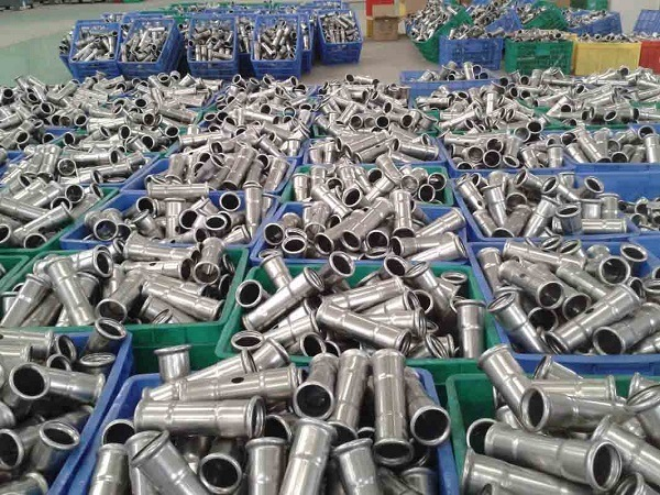 Top Quality Inox Plumbing Sanitary Stainless Steel 304 316 Pipe Nipples One End Threaded Flange Coupling