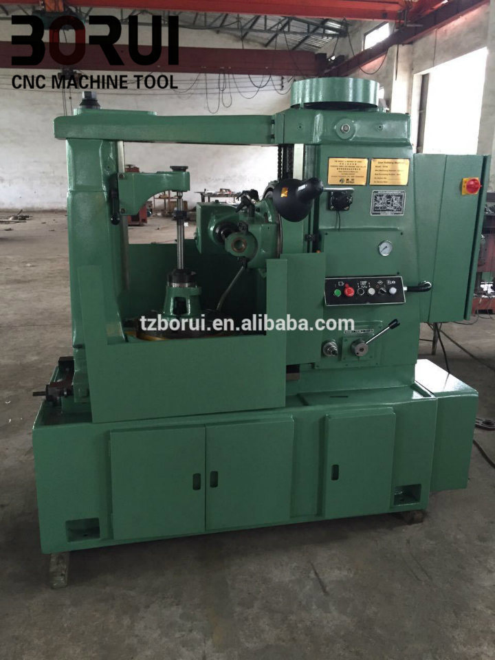 Gear Hobbing Machine Cut Helical Gears, Worm Wheels and Cylindrical Gearsyk3150 with Easy Operation