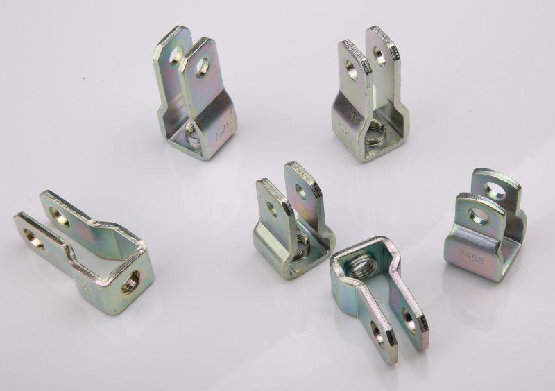 Metal Progressive Stamping Clevis (31.5mm height)