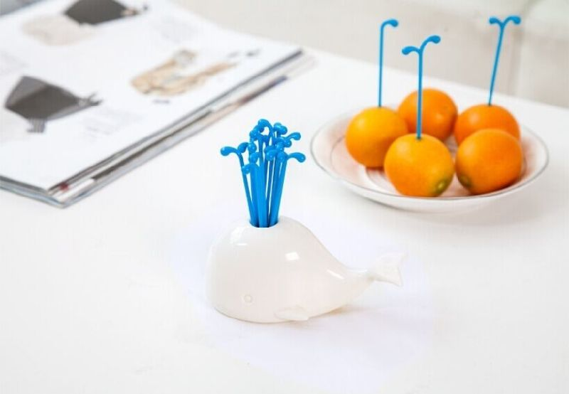 2016new! Whale Design Plastic Fork& Fruit Fork for Kitchen