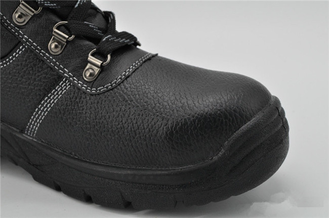 All Black Classic Del Ta Safety Shoes Ufb048