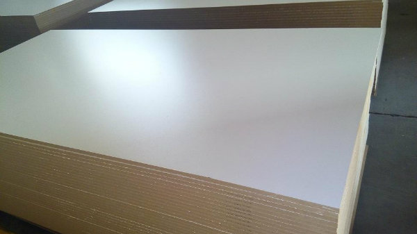 High Density Titanium White Melamine MDF From China Factury