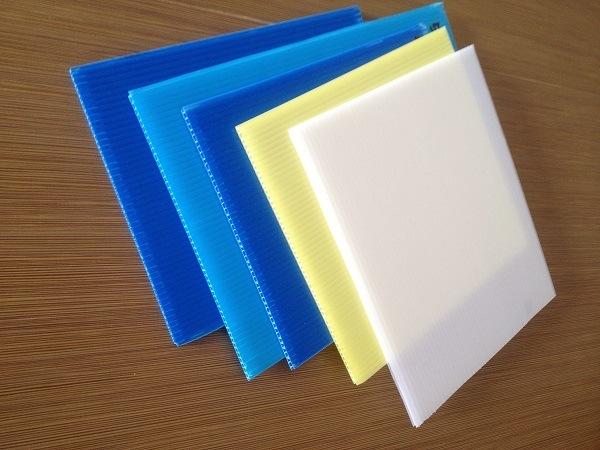 3mm Fluted Plastic Coroplast Layer