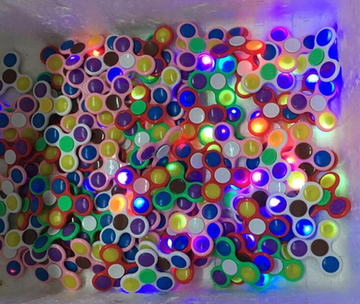 Hot LED Finger Spinner New Hand LED Spinners Fingertips Spiral Fingers Gyro
