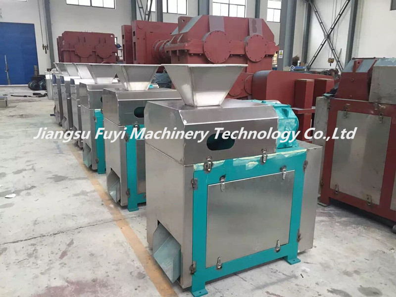Urea granulation process machine /extruder machine