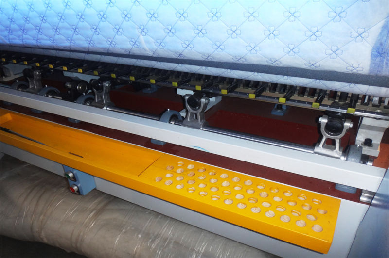 High Speed Shuttle Multi-Needle Quilting Machine for Quilting Bedspread Comforter Garments