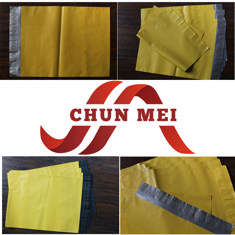 Customized Color Poly Bags with Adhesive Peel and Seal