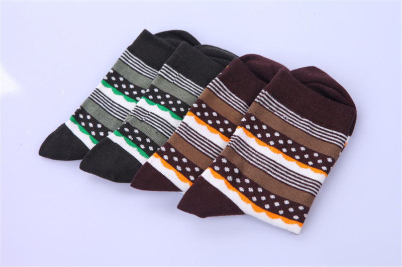 Men Dress Socks Made From Fine Cotton Customs Designs Are Welcome