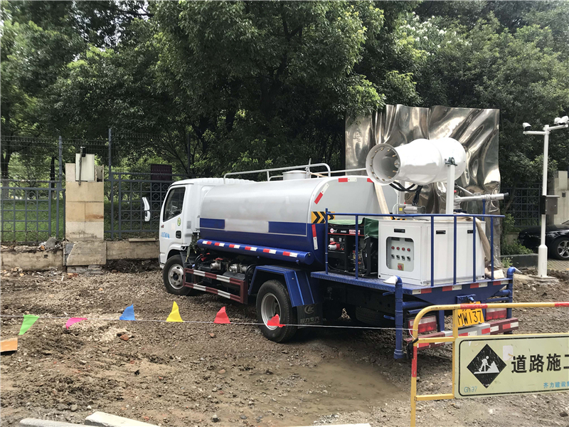 Professional Manufacture of Water Tank Truck Water Sprinkler Truck
