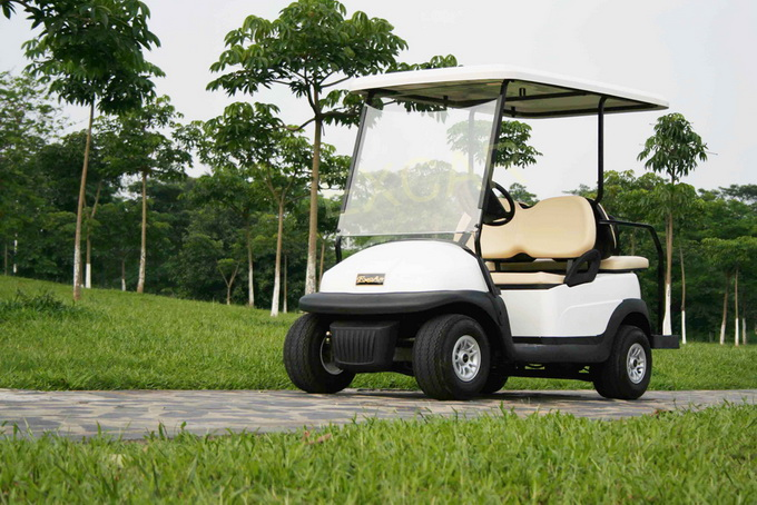 Solar Power 4 Seater Electric Golf Buggy China Made