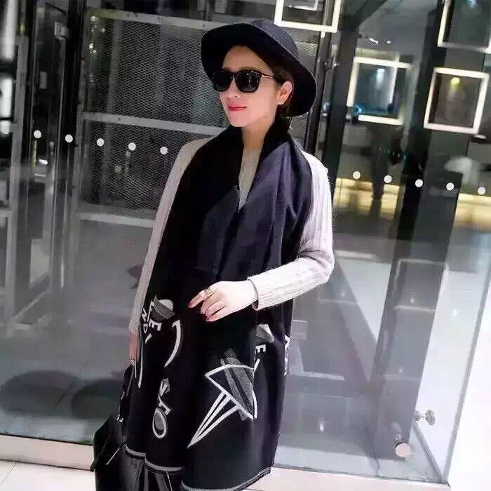 2017 Spring / Summer New Design Fashionable Printed Scarf