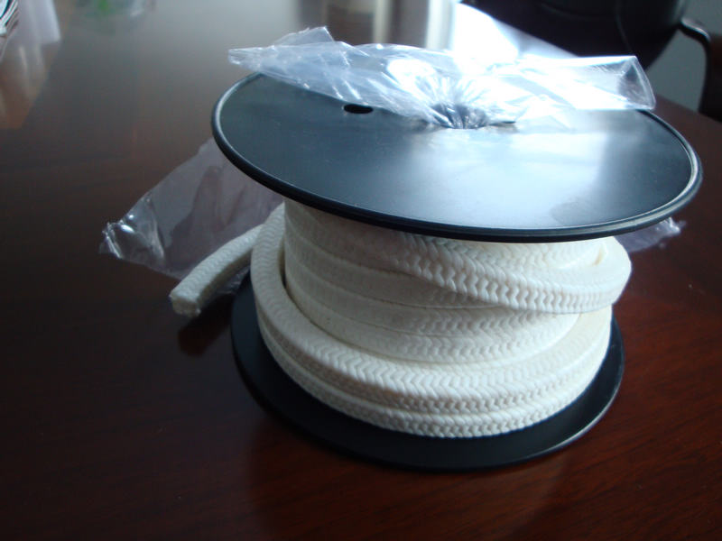 PTFE/ Teflon with Oil Lubricated Braided Packing,