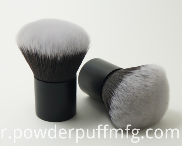 White Tip Synthetic Hair Kabuki Brush
