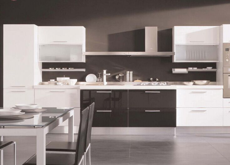 Glossy Kitchen Cabinet Doors with Painting (customized)