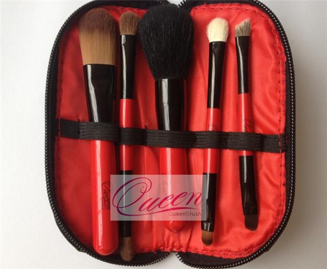 5PCS Portable Natural Mini Makeup Brush Set