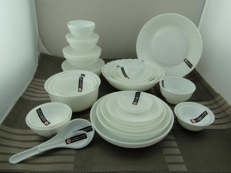 Opal Glassware Plate Set
