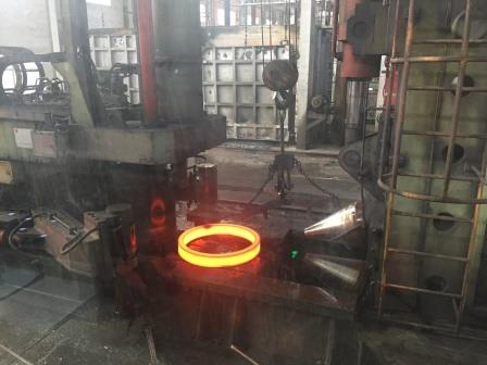 16mncr5, 1.7131, 20crmnti, 20mncr5, 18crnimo7 Forged Rings