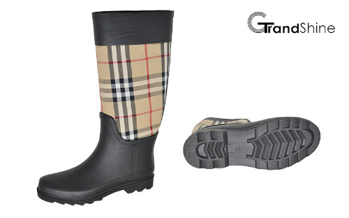 Women's Classic High Rainboot with Baburry Checks