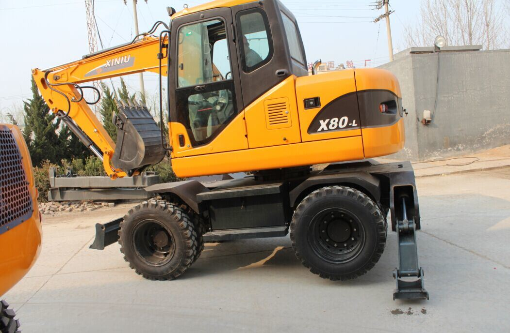 8ton Wheel Excavator with Yanmar Engine Tier III Good Quality Good Price Digger for Sale