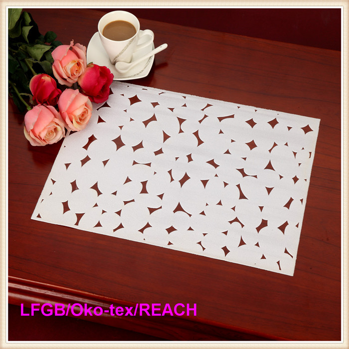PVC Lace Placemat Coated Gold & Silver Doily (JFCD-058)