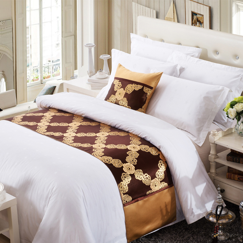 Hotel Decorative Jacquard Bed Runner
