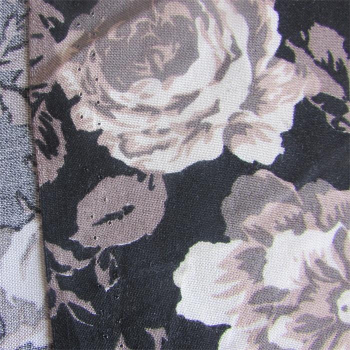 Plain Weave Printed Rose Viscose Garment Fabric for Women Dress