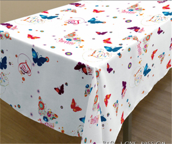 New Design Spunlace Backing PVC Printed Tablecloth Factory (TJ3D0004)