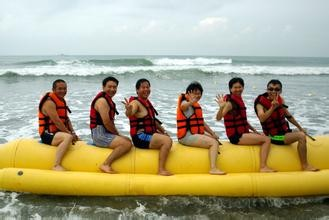6p Inflatable Banana Boat Many Persons Red Rubber Boat