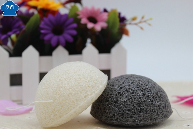 100% Natural Activated Charcoal Konjac Sponge for Skin Care