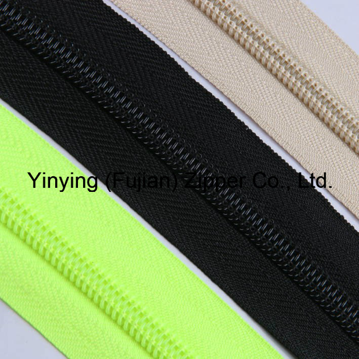 Hot Sales 5# Nylon Long Chain Zipper Nylon Roll Zipper