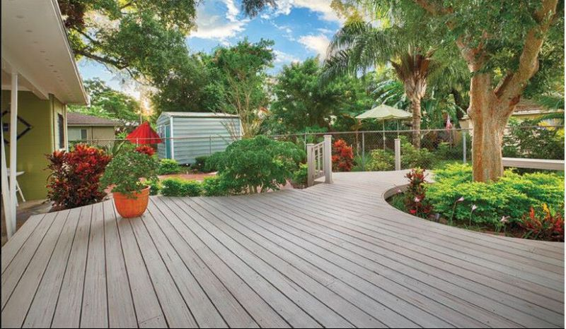 Solid Capped Composite Decking Floor