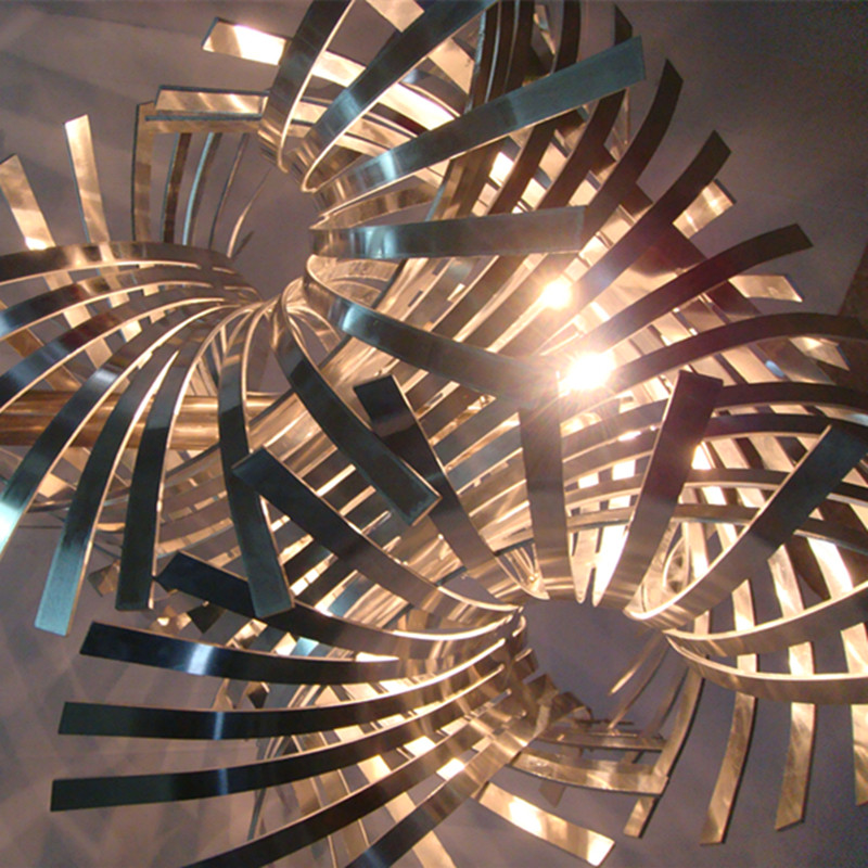 Unique Design Twisted Art Iron Cutting Pendant Lamp
