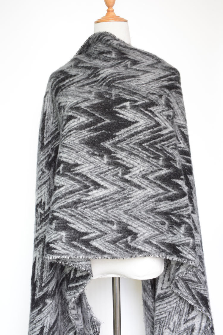 Women's Cashmere Like Knitted Winter Heavy Wave Printing Shawl Scarf (SP301)