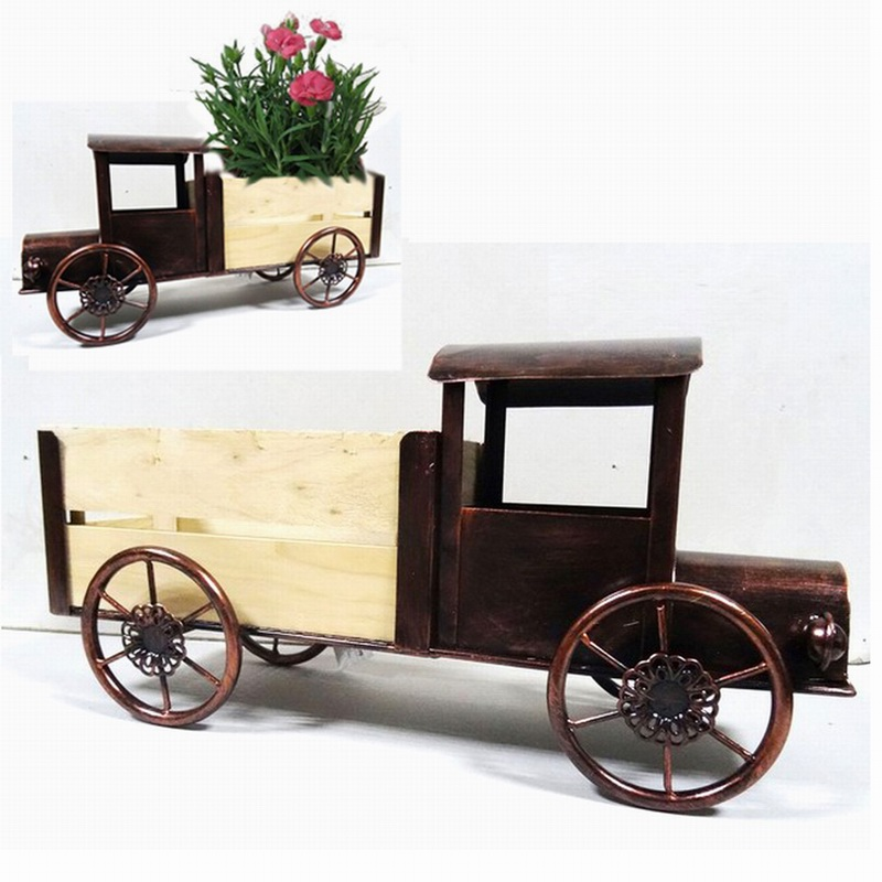 Decorative Decoration Metal Truck Garden Planter Craft with Wooden Carriage